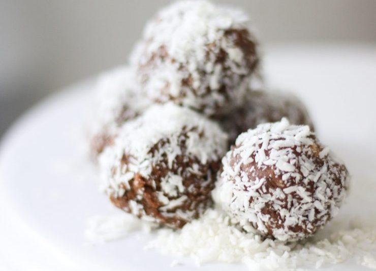 Cake Mama's Chocolate Coconut Power Balls