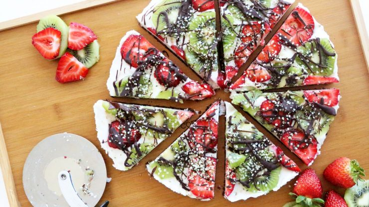 Kiwi Berry Dessert Pizza